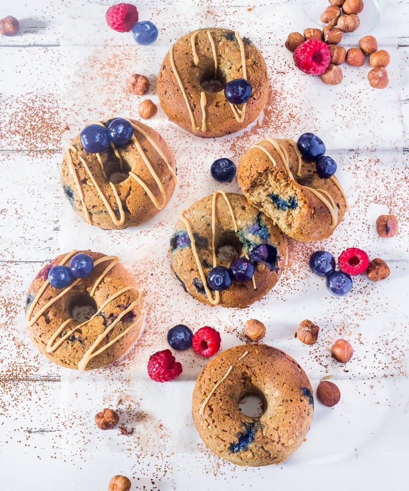 Donuts Myrtilles et Beurre de Cacahuète au Four