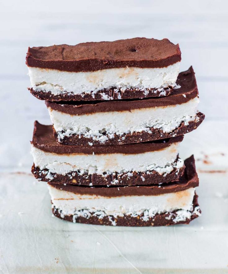 These bounty slices are to die for and extremely addictive. They are vegan, no-bake, gluten-free and refined sugar-free. Enjoy!
