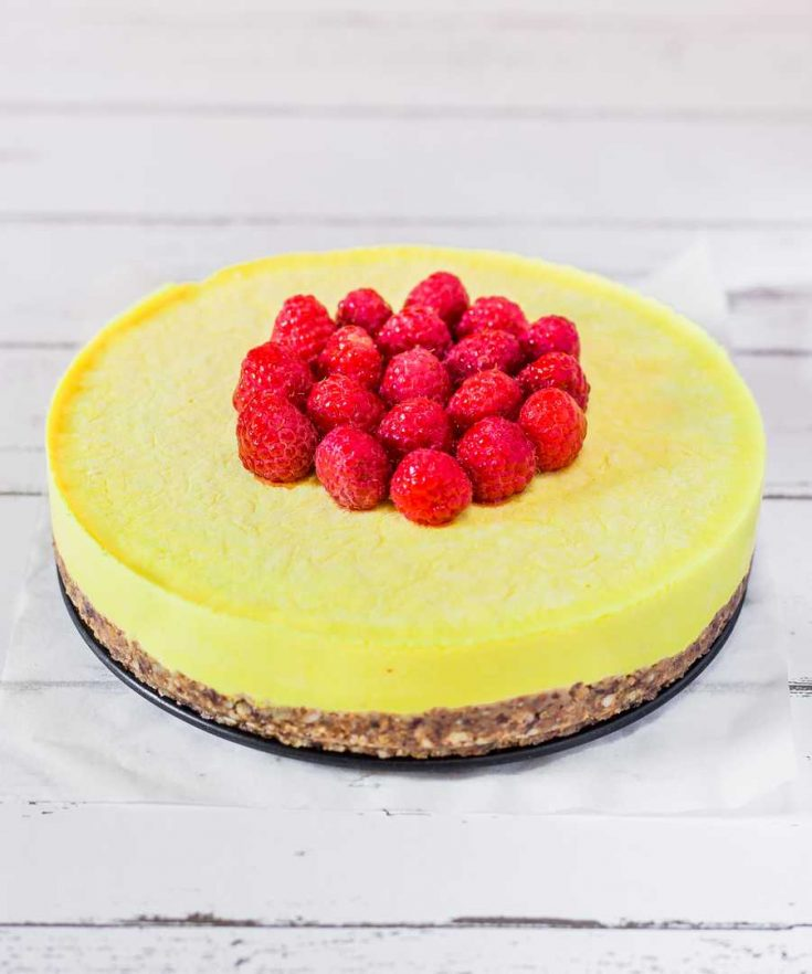 Raw Vegan Lemon Cheesecake made with just 7 ingredients and perfect for a healthy treat. Gluten-free, oil-free, refined sugar-free and delicious!