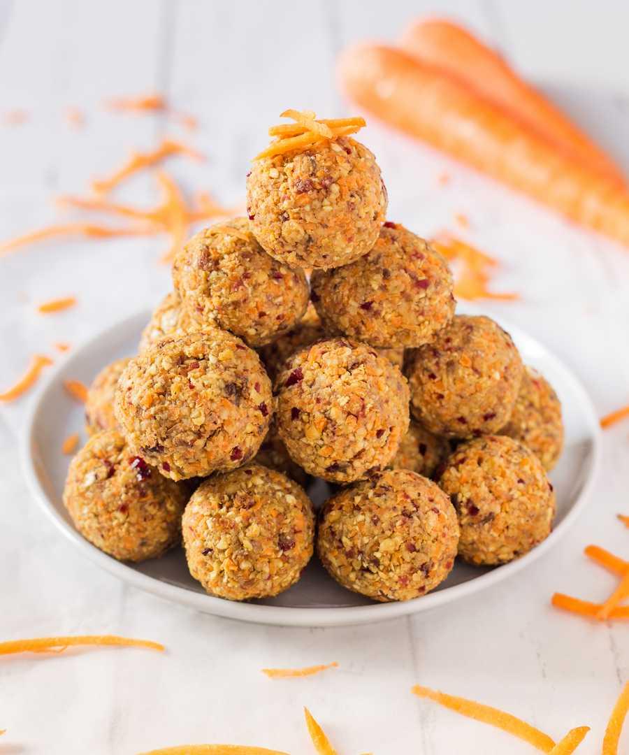 no-bake carrot cake bites
