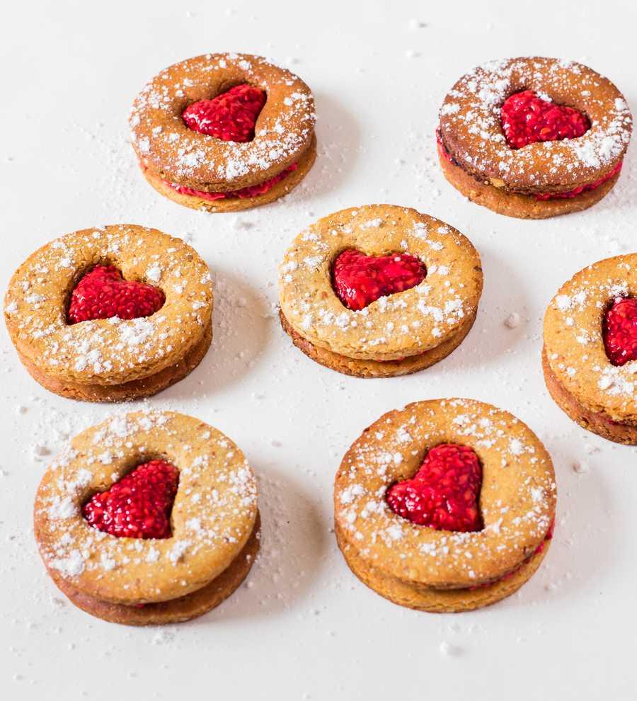 valentine's day vegan cookies