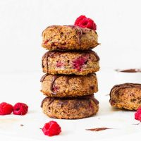Baked Oatmeal Donuts with Raspberries | Vegan